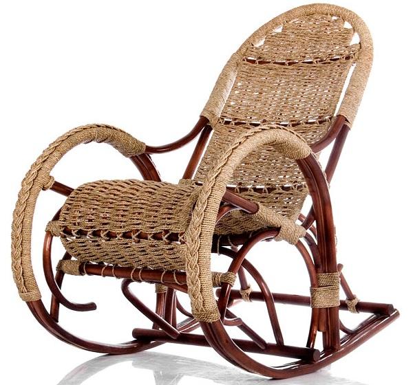 Кресло качалку из лозы