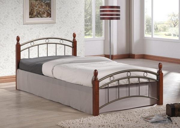 Металлическую кровать  магазине